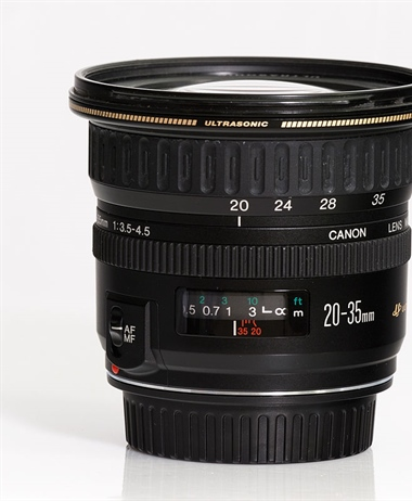 Canon looking at possibly a Canon RF 20-50mm F4-5.6 consumer zoom?