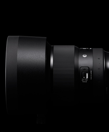 Sigma officially announces the 105 1.4, and the 70mm Macro Art lenses