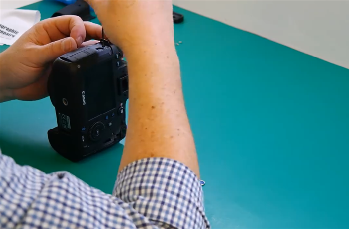Watch a time lapse of a Canon shutter replacement