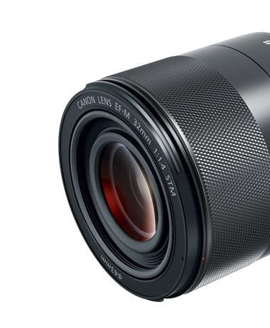 Canon officially announces the EF-M 32mm 1.4