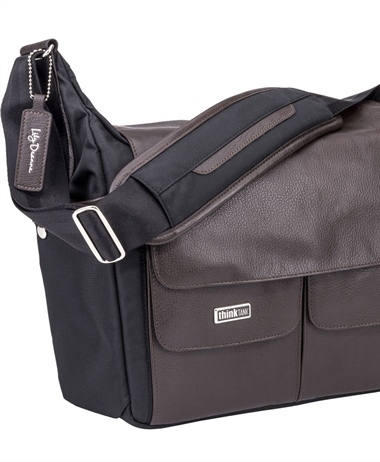 Deal of the Day: Lily Deanne Mezzo Premium-Quality Camera Bag